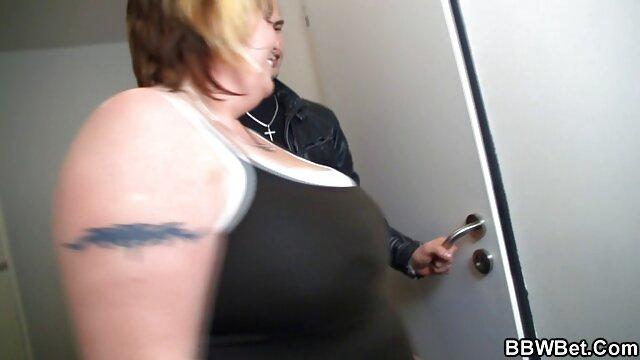 Interrazziale porno di prostitute ebano con straniero bionda in hotel
