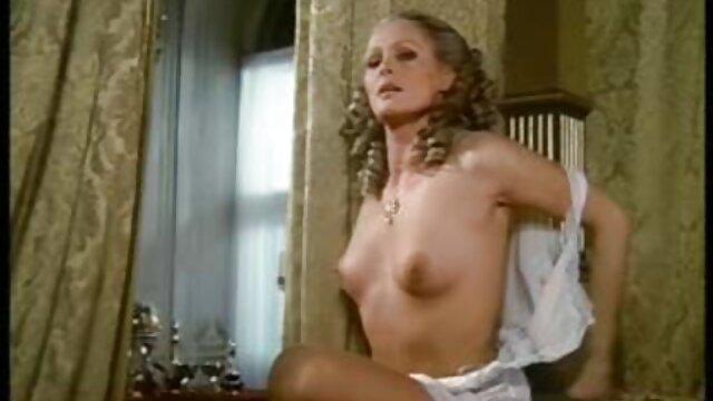 Anale Con Russo Violetta POV al casting video porno di attrici famose italiane
