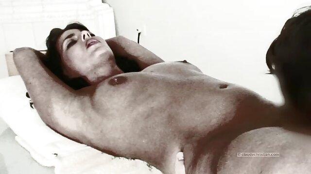 Grandi Tette Milf con sborrata in porno hard con animali faccia, compilation, sei