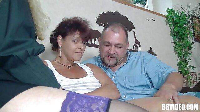 La moglie ubriaca grassa dorme mentre il marito si toglie il culo nudo film porno vecchie troie