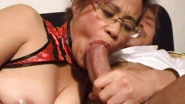Sperma sulla figa con lunghi video hard donne con cani capelli neri