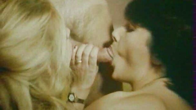 ragazza lesbica con guanti bendati video hard gratis nonne ottiene accarezzato da Madame